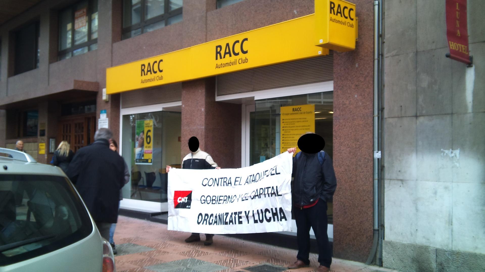 concentración RACC,La mañana del 13 de febrero CNT León se ha concentrado frente a la sede del RACC de León.  El grupo RACC ha presentado un ERE que afectará a 194 trabajadores y trabajadoras de la plantilla, entre ellas las trabajadoras de la delegación de León.  Desde la Sección Sincial de CNT en ACASERVI se ha iniciado una campaña de denuncia contra el atropello de derechos de esta empresa.  Más información:  Sección Sindical CNT-AIT en ACASERVI.  CNT Barcelona.